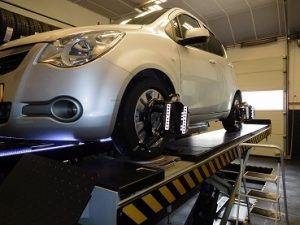 Uitlijnen Opel Agila 1