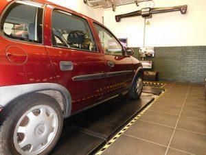 Uitlijnen Opel Corsa 1 (2)